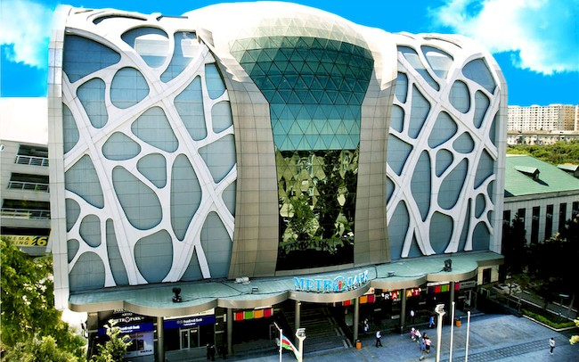 top 4 shopping malls in baku